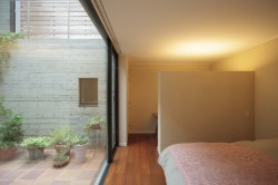11こぢこぢ一級建築士事務所 「中庭のある家」竣工写真